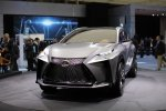 В Токио представлен первый турбированный Lexus