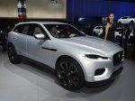 Jaguar продолжает возить концепт C-X17 по автосалонам